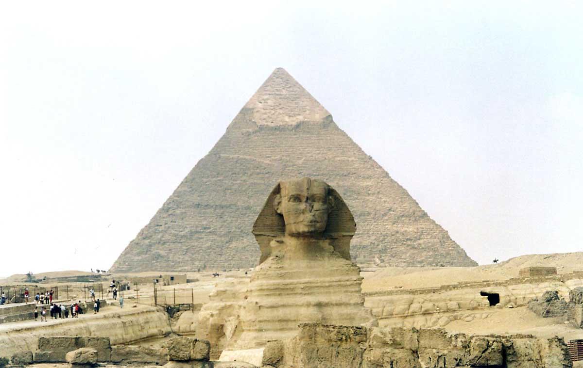 [عکس: egypt-pyramide-n3.jpg]
