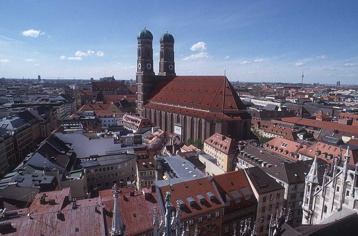 Munich Tourist Attractions - Muenchen Cathedral