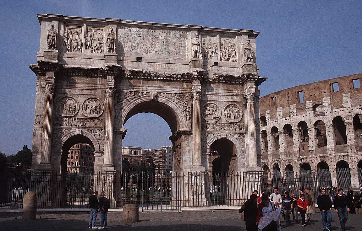 Arche Italy  City pictures : أخذ مكانه في 2003 و توقف قسراً نهاية 2009 ...