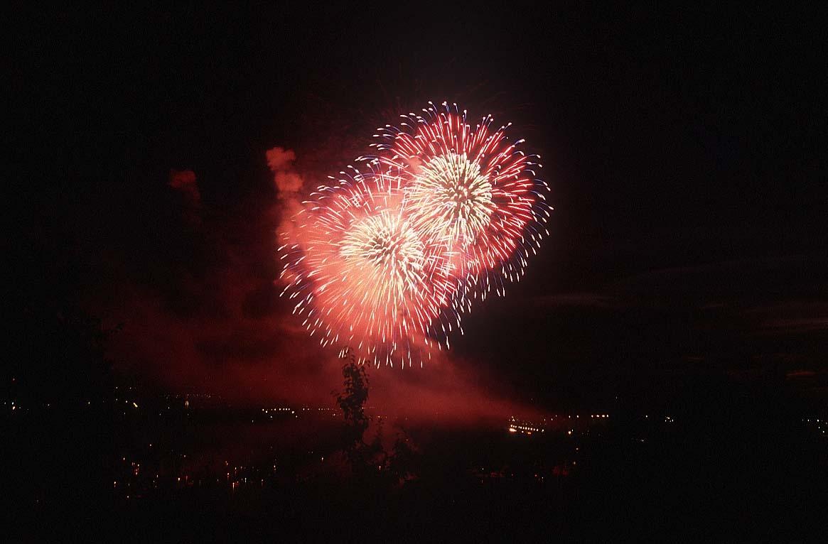 Ein frohes, gesundes, erfolgreiches neues Jahr!