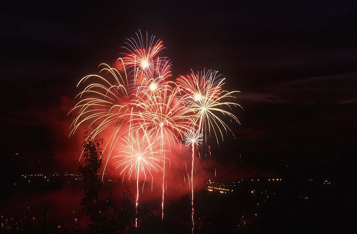 fireworks_20.jpg (1165×766)