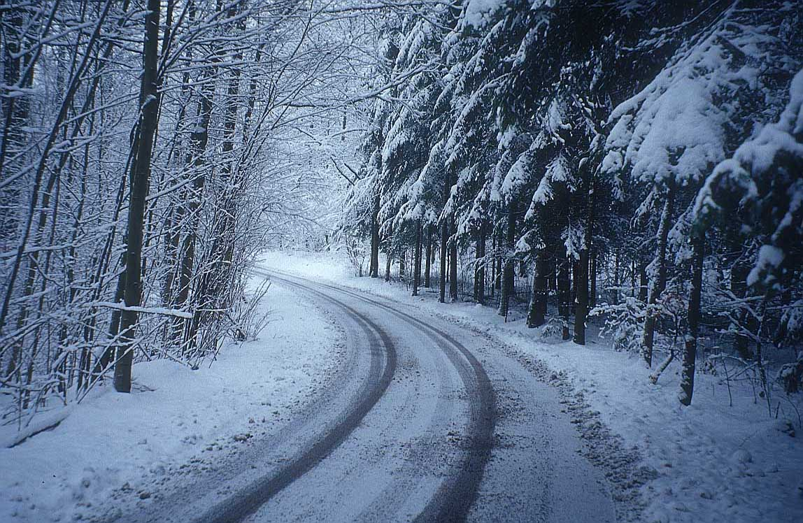 http://www.bigfoto.com/themes/nature/winter/snow_road-winter-xs.jpg