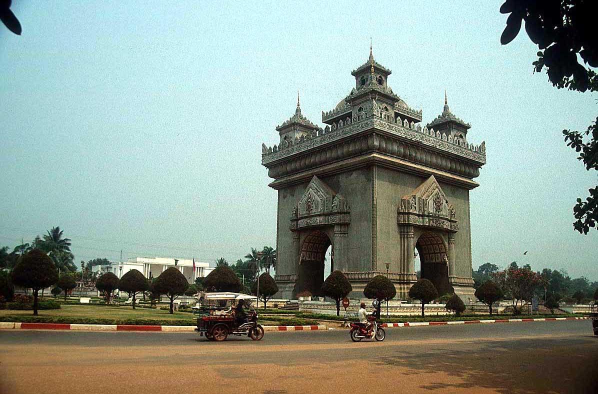laos vientiane 5